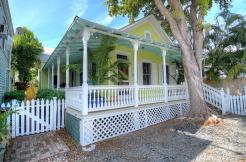 306 Peacon Lane, Truman & Co Real Estate Services