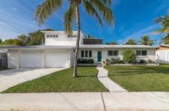 Exterior 1604 Bahama Drive
