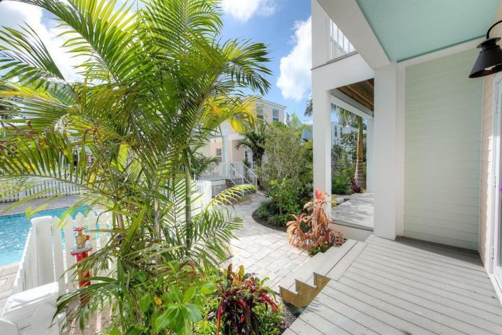 1019 Simonton Street #103 – Southernmost Cabana Resort
