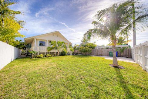 2016 Patterson, Key West, FL Real Estate large yard