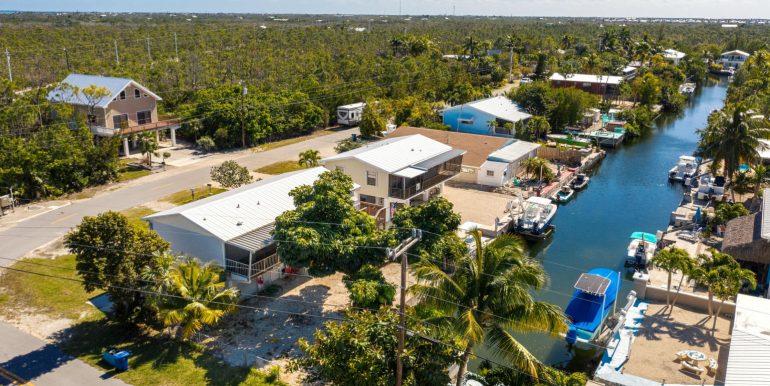 1668 Buttonwood Drive, Big Pine Key, FL, Realtor Jared M Chiagouris, Truman & Co