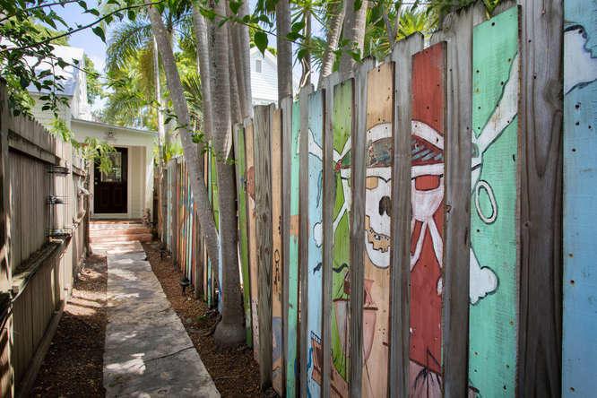 923 Fleming Street, Rear, Key West, FL 33040