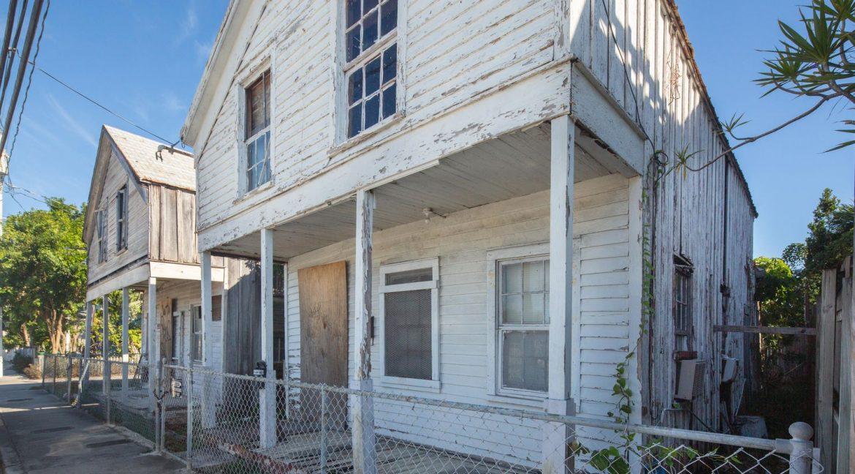 1010-1012 Olivia Street