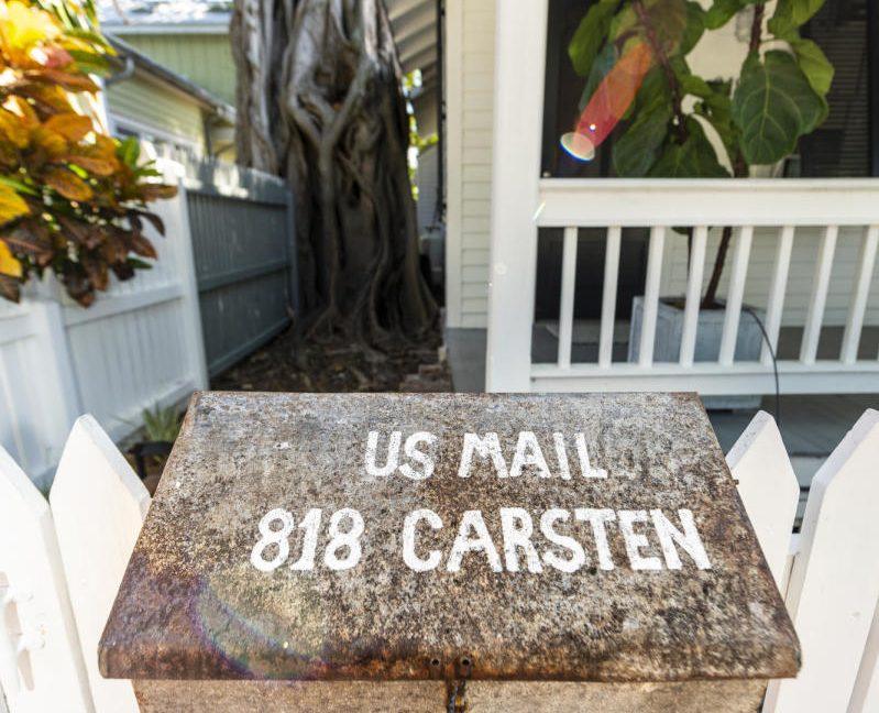 818 Carsten Lane